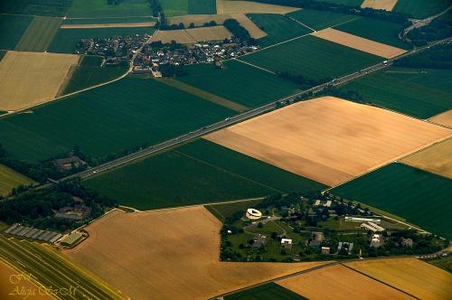 widoki na trasie samolotu z Monachium/München) do Düsseldorf.(Germany) Düsseldorf #Monachium München #Ren