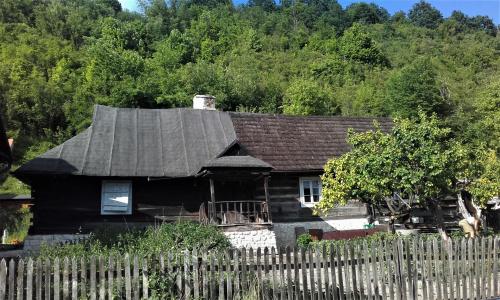 w Kazimierzu Dolnym stara chatka