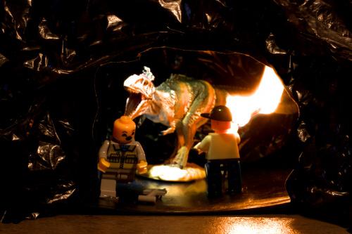 UWAGA! odnaleziono dinozaura.