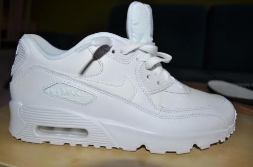 classic fit 09275 2fb14 Jak rozpoznać podróbki Nike Air Max  - Wszystko o butach