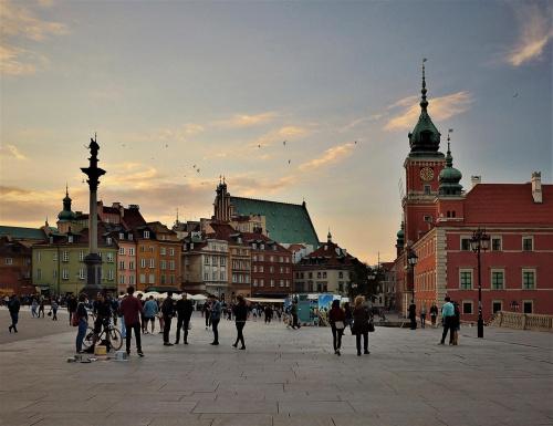 Warszawa ... Plac Zamkowy