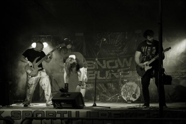 Rockowe Granie w Lubsku 2017 - tu gra zespół Snowblind z Katowic - o imprezie: http://projekt.events/news/rockowe-granie-w-lubsku-2017