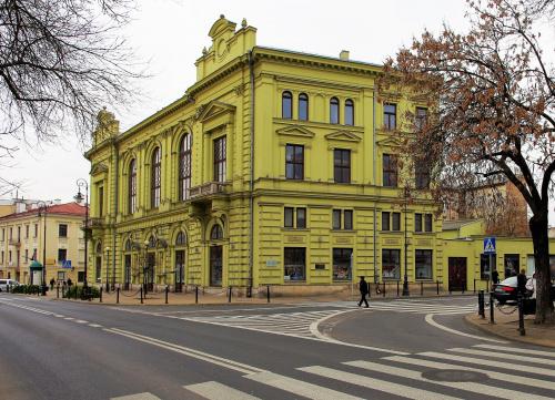 budynek teatru im. J. Osterwy