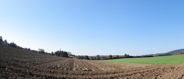 Zamek w Bad Iburg widziany z daleka od strony Glane