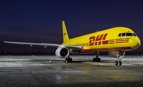 Samolot z paczkami