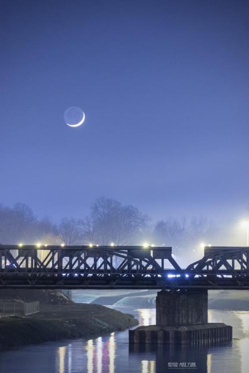 Dzisiejszy zachód księżyca